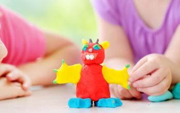5 enkla leksaker som du kan göra för ditt barn